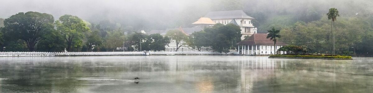 Headline for UNFORGETTABLE PLACES TO VISIT IN KANDY – The historic Kingdom
