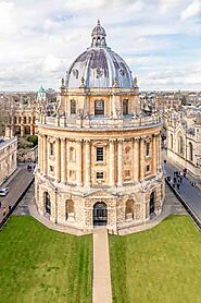 The Perfect Oxford Day Trip Itinerary - With Tips On Travel From London | ItsAllBee Travel Blog