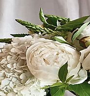 Flower Delivery Melbourne - Shop Beautiful, Fresh and Preserved Flowers