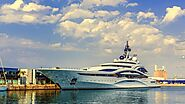 Six Top Business Events to Organize on a Yacht in The Cayman Islands | Get Bent Charters