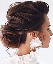 Gorgeous Indian Bridal Hairstyle For Alluring Look