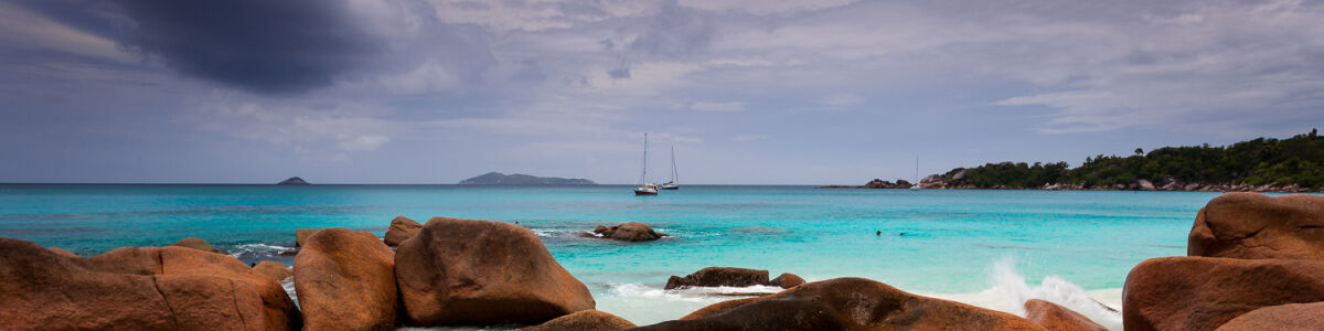 Headline for Thrilling Water Sports in Seychelles – Fun and Excitement at Sea
