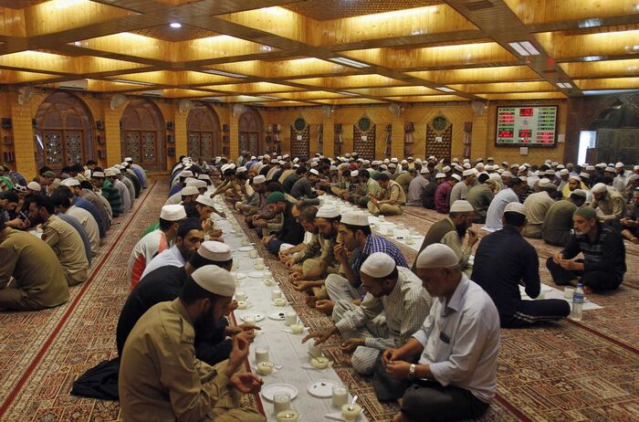 GOALS OF FASTING IN RAMADAN   Cheap Umrah Packages 2021 ...