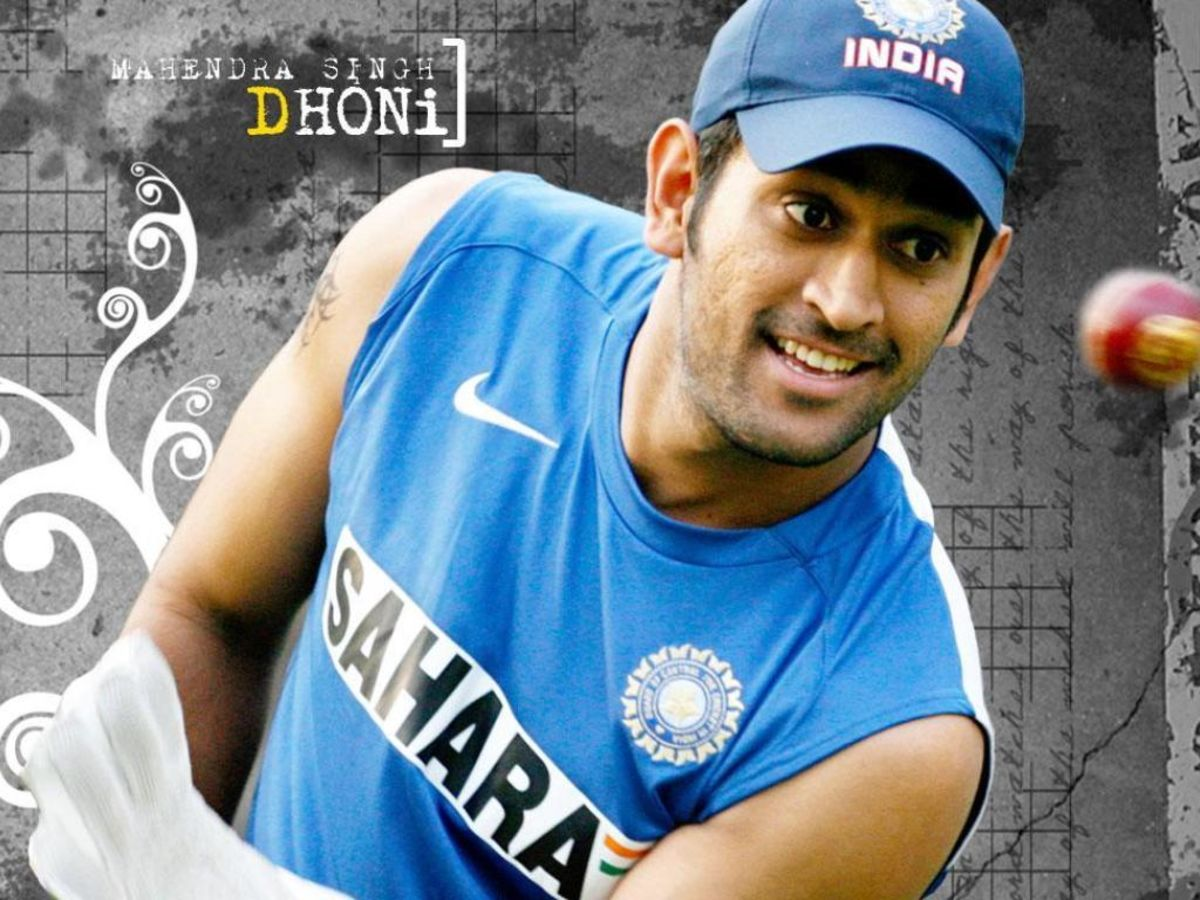 Headline for Top 10 Classic Innings of Mahindra Singh Dhoni