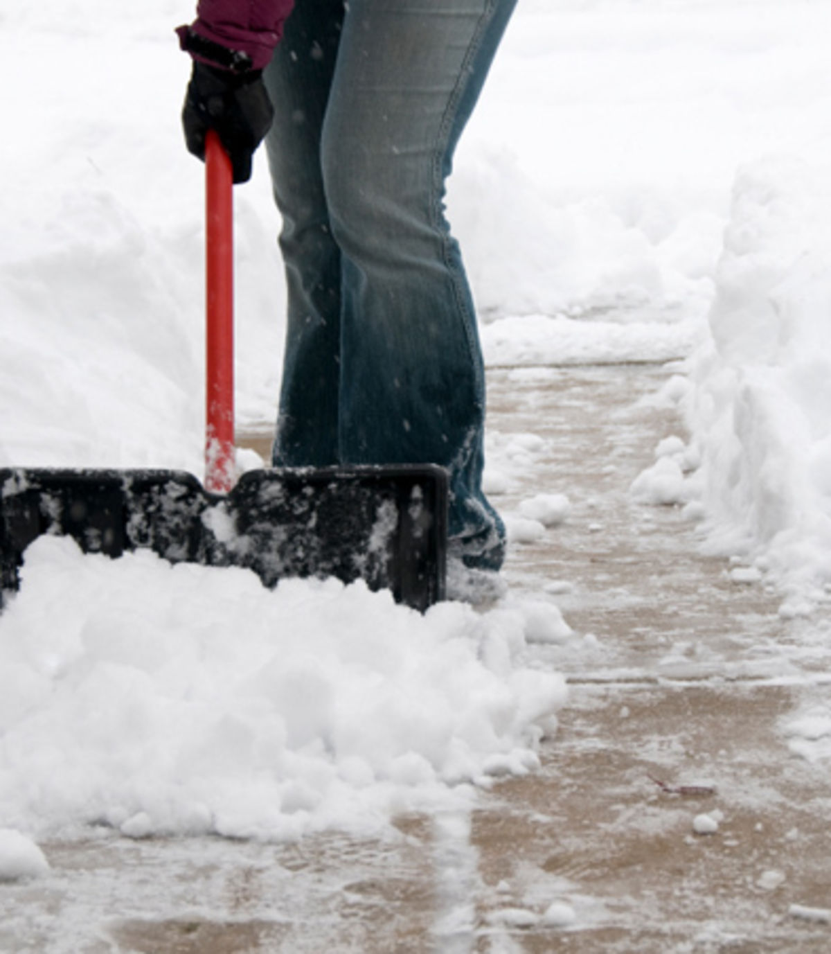 Headline for 7 Top Tips for Dealing With Snow This Winter