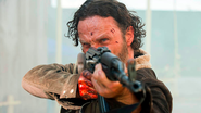 The Walking Dead spoils itself, gives West Coast fans the bird