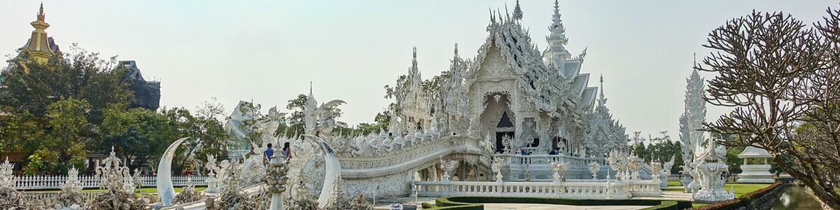 Headline for 5 of the Most Awe-Inspiring Temples in Chiang Rai, Thailand – discover some of the best temples in the city
