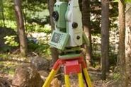 What Are the Duties of a Land Surveyor?