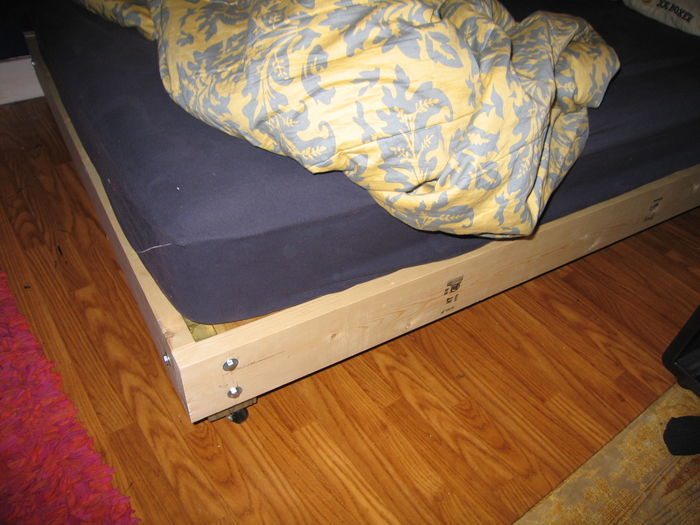 Best Heavy Duty Bed Frames For Overweight To Obese People | Listly List