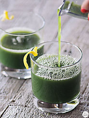 Green Goddess Juice: Broccoli, Pineapple, Cucumber