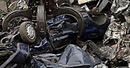Crane grabber crushes car - Photos - Scenes from the junkyard
