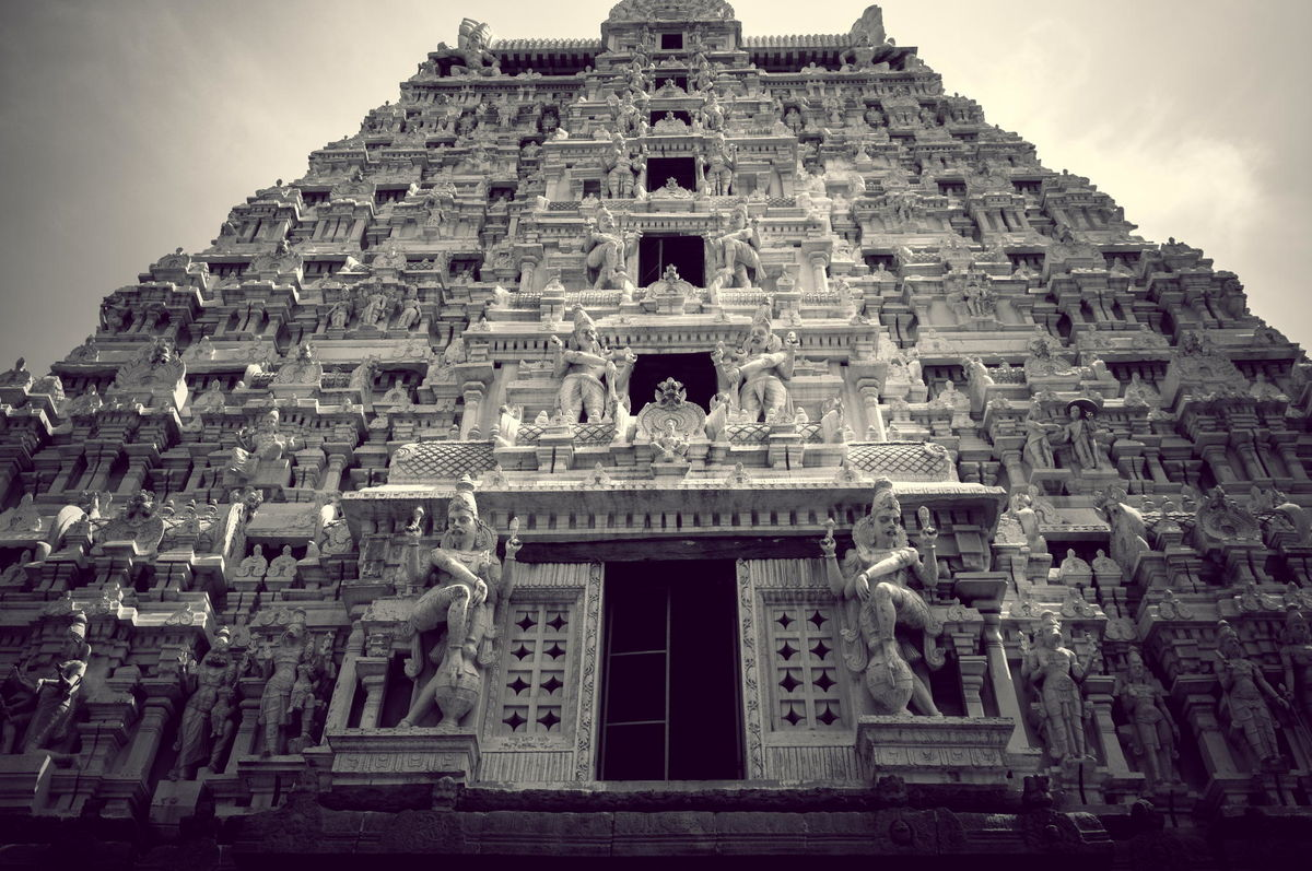 Headline for 10 Must Visit Temples Of South India