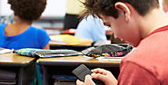 As Schools Lift Bans on Cell Phones, Educators Weigh Pros and Cons - NEA Today