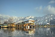 Srinagar - The Famous Destination for Natural Beauty and Romance