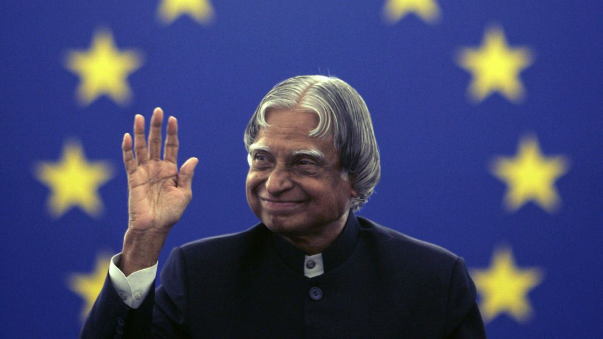 Headline for Top 8 Inspiring Quotes by Dr. APJ ABDUL KALAM