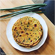 Green Spring Onion Dhebra | Green Spring Onion Savory Indian Flat Bread | Hari Pyaz ke Theple