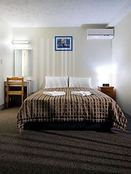 Get the full furnished studio apartment at Airport Wooloowin Motel