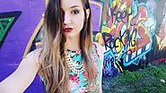 cynthiabonneau_xoSelfie with graffiti💜✌ #preview #photoshoot #graffiti #makeup#hair #outdoor #fashion #selfie#weekend...