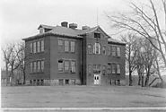 Westonka Public Schools celebrates 100 years with a great #TBT