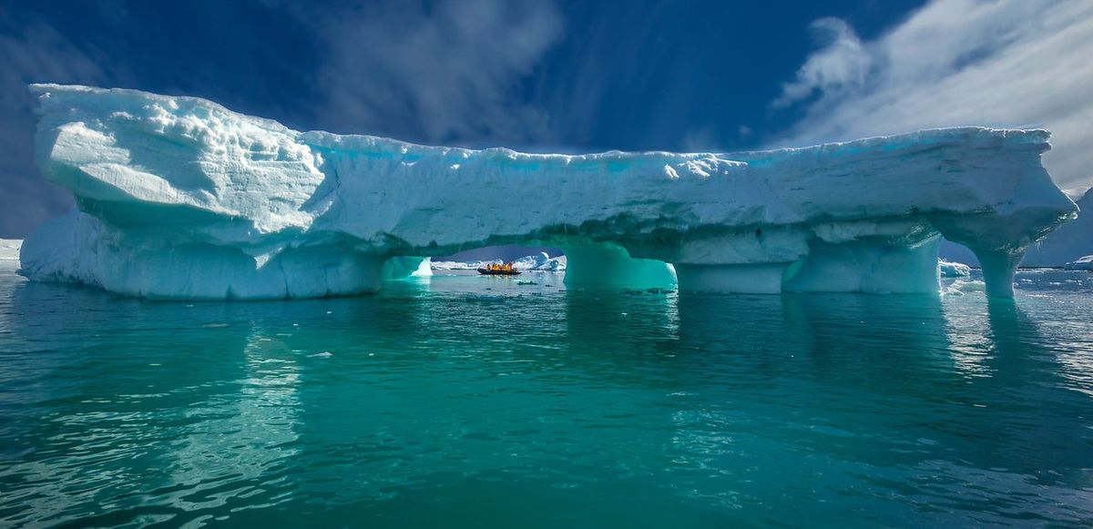 Headline for 11 of the Best Things to do in Antarctica