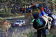WRC news: Hyundai WRC team adamant it won't drop Thierry Neuville for 2016
