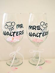 Custom Wine Glasses Couples Mouse Wedding Gift Personalized Wine Glass, Monogram Wine Glass, Birthday Gift