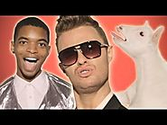 "Robin Thicke - ""Blurred Lines"" PARODY"