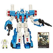 Transformers Generations Leader Class Ultra Magnus Figure