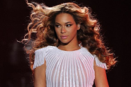 Beyonce Tells Fan to Put Camera Down During Her Concert: Video