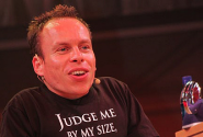 Warwick Davis On Doctor Who And Star Wars Sequels | SFX