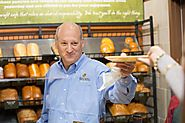 Panera Bread Co. founder puts pay-it-forward philosophy to work