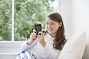 10 Cell Phone Etiquette Tips to Teach Your Tween