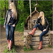 Cowgirl Boots Style: How And What To Wear With Them - The Fashionable Housewife