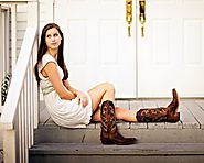 Best Women's Cowboy Boots - Top 5 List and Reviews for 2016