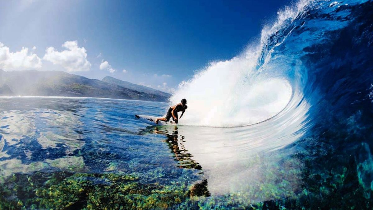 Headline for Top Surfing Spots in Uluwatu Bali – Gorgeous Tourist Resort
