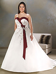 Putting on Perfect Wedding Dresses, Large size Women Look Lovely