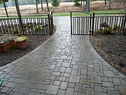 The Benefits of Constructing Interlocking Concrete Pavers