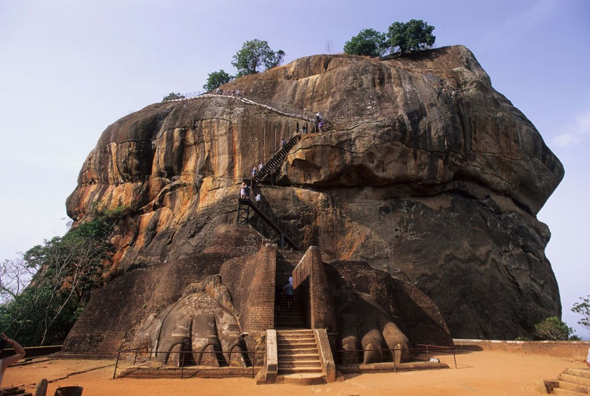 Headline for Things to See in Sigiriya – Remarkable Hamlet of much Splendour