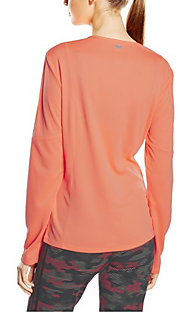 Long Sleeve Tops: Bring New Style To Your Wardrobe!