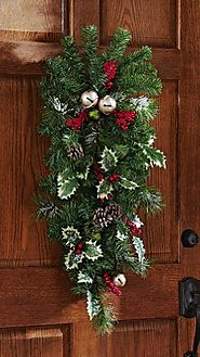 Easy Christmas Door Decorating Ideas - Christmas Decorating Fun