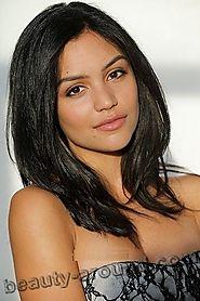 beautiful latin girls