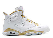 "9. Jordan Retro 6 ""Golden Moments Package"""
