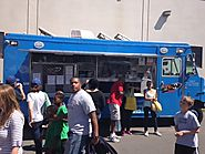 Food Trucks: Making The Difference With Healthy Menu Items And Great Customer Service