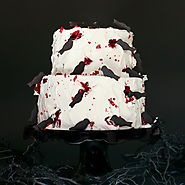 Black Crow Halloween Cake