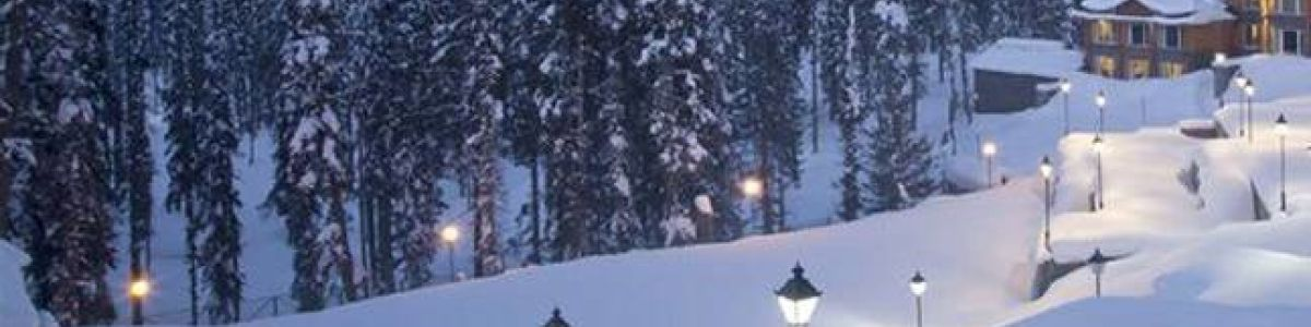 Headline for 10 BEST PLACES TO SEE SNOWFALL IN INDIA