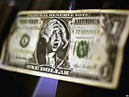 What would the Effects of a Weakened Dollar Be? - Geek Crunch Reviews