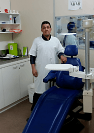 Find denture services in Hoppers Crossing