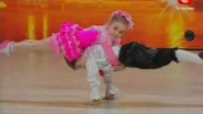 Two Awesome Dancing Kids - YouTube