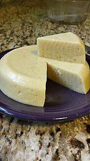 Our favorite sliceable, meltable vegan cheese