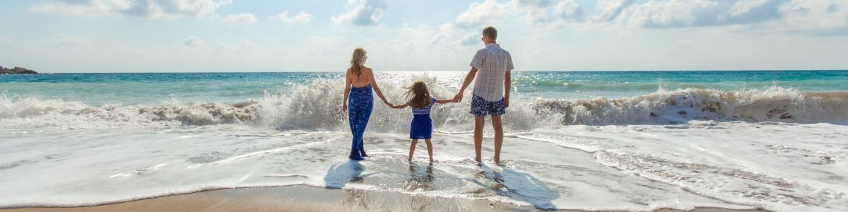 Headline for Best Family Holiday Destinations in Australia – Fun for the Whole Family Down Under